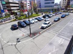 茨木市駅目の前駐車場